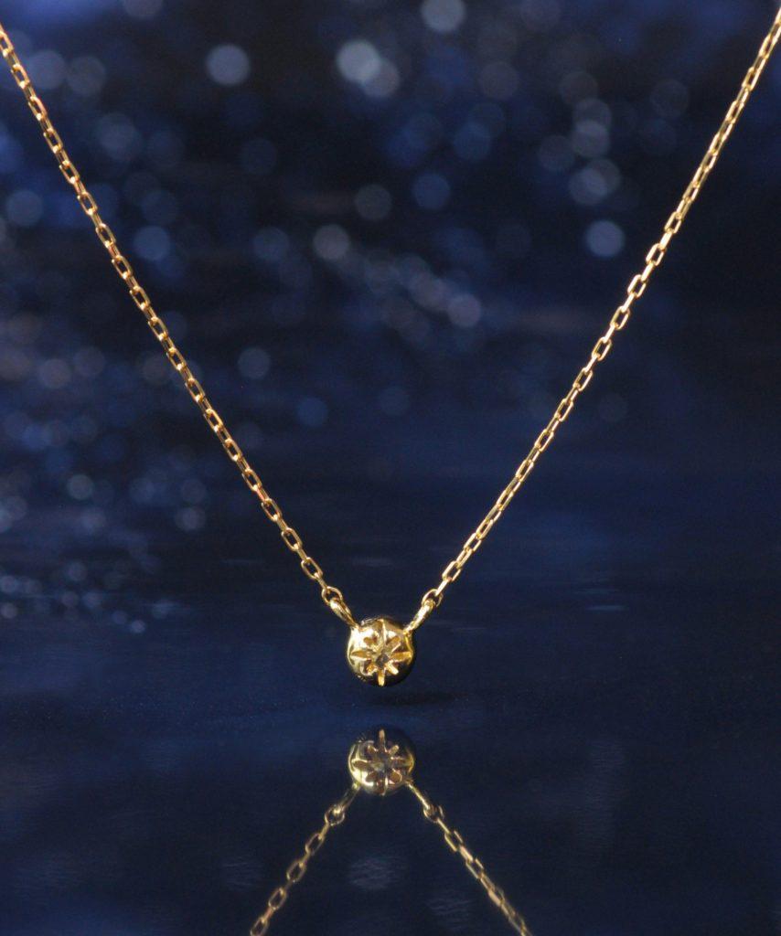 【anq.】 K18・0.05ct ダイヤモンド ネックレス「Stella」            星を意味する「ステラ」ダイヤモンドネックレス。
